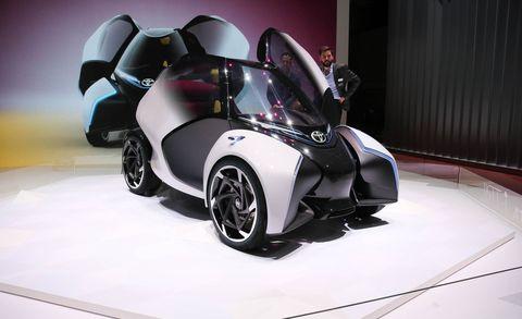 Land vehicle, Vehicle, Automotive design, Car, Auto show, Motor vehicle, Sports car, Rim, Concept car, Supercar,