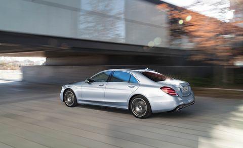 Land vehicle, Vehicle, Car, Luxury vehicle, Personal luxury car, Mid-size car, Sedan, Mercedes-benz, Automotive design, Full-size car,