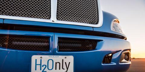 Land vehicle, Vehicle, Car, Blue, Automotive exterior, Bumper, Grille, Electric blue, Hood, Automotive lighting,
