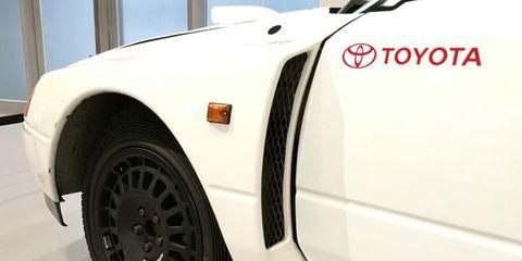 Land vehicle, Vehicle, Car, Wheel, Fender, Automotive wheel system, Sports car, Auto part, Tire, Rim,