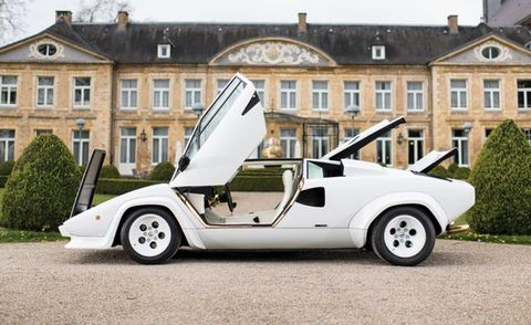 Gold Trimmed Lamborghini Countach Up For Auction News Car And Driver