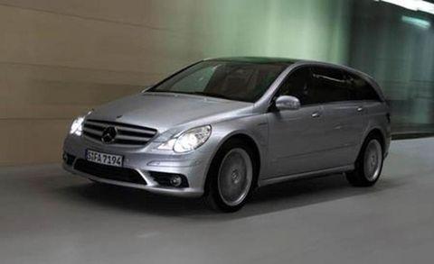 Wheel, Tire, Automotive mirror, Mode of transport, Automotive design, Vehicle, Automotive tire, Transport, Hood, Car,