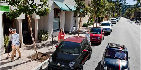 Land vehicle, Vehicle, Car, Motor vehicle, City car, Mode of transport, Subcompact car, Traffic, Street, Fiat 500,