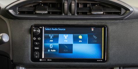 Car, Vehicle, Multimedia, Electronics, Technology, Toyota, Electronic device, Satellite radio, Family car, Center console,