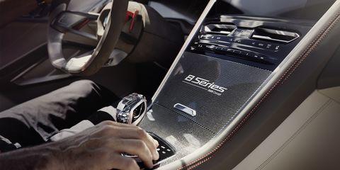Vehicle door, Automotive design, Vehicle, Car seat, Car, Gear shift, Steering wheel, Personal luxury car, Auto part, Steering part,