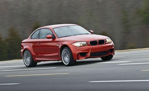 Land vehicle, Vehicle, Car, Personal luxury car, Performance car, Bmw, Automotive design, Bmw 135, Coupé, Automotive tire,