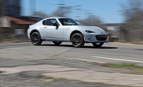 Land vehicle, Vehicle, Car, Sports car, Performance car, Automotive design, Nissan 370z, Coupé, Rim, Sedan,
