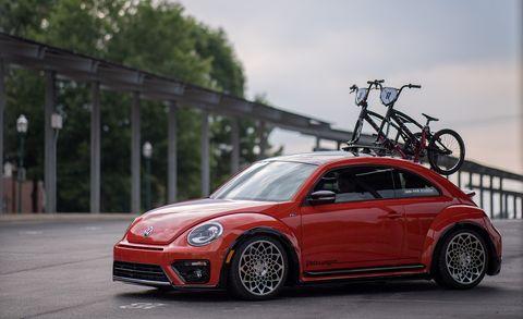 Land vehicle, Vehicle, Car, Motor vehicle, Automotive design, Volkswagen new beetle, Rim, Red, Volkswagen, Volkswagen beetle,