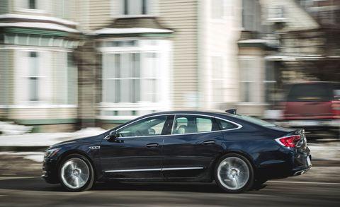 Land vehicle, Vehicle, Car, Mid-size car, Automotive design, Sedan, Luxury vehicle, Full-size car, Family car, Rim,