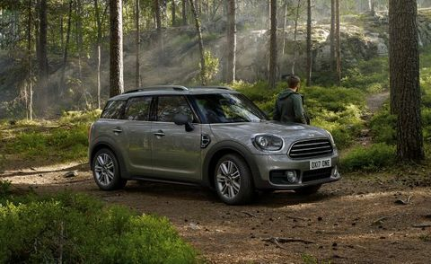 Price Tweaks For 2018 Mini Models Including New Plug In Countryman