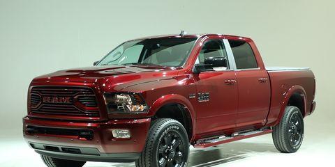 Land vehicle, Vehicle, Car, Motor vehicle, Tire, Automotive tire, Pickup truck, Rim, Automotive exterior, Bumper,