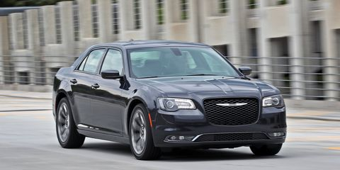 tire, wheel, automotive design, vehicle, land vehicle, car, grille, rim, personal luxury car, alloy wheel,