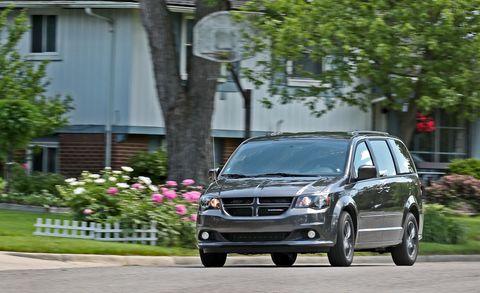 Land vehicle, Vehicle, Car, Minivan, Dodge caravan, Luxury vehicle, Family car, Compact car, Dodge, Compact mpv,
