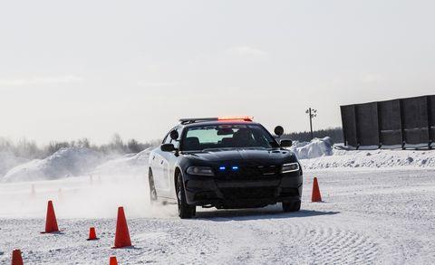 Land vehicle, Vehicle, Snow, Car, Motorsport, Automotive tire, Tire, Racing, Automotive design, Auto racing,