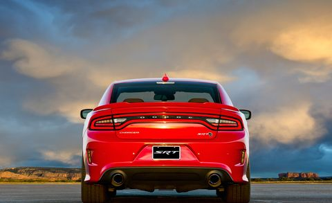 Motor vehicle, Tire, Automotive tail & brake light, Automotive design, Automotive tire, Vehicle, Automotive lighting, Land vehicle, Automotive exterior, Performance car,