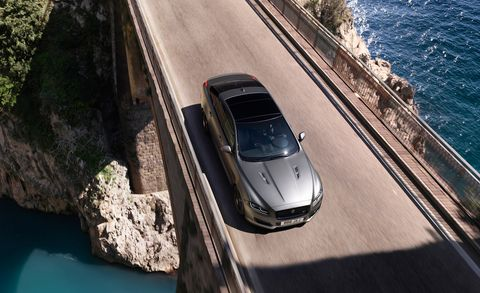 Land vehicle, Vehicle, Car, Mode of transport, Luxury vehicle, Transport, Automotive design, Performance car, Supercar, Porsche panamera,