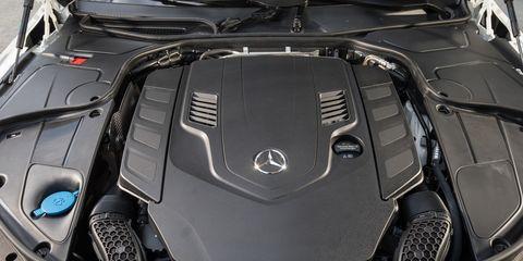 Automotive design, Luxury vehicle, Personal luxury car, Supercar, Sports car, Carbon, Performance car, Kit car, Silver, Hood,