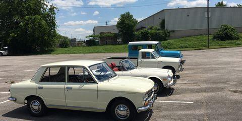 Land vehicle, Vehicle, Car, Classic car, Sedan, Family car, Coupé, Subcompact car, City car,