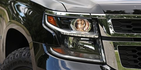 Motor vehicle, Automotive design, Automotive exterior, Vehicle, Automotive lighting, Hood, Headlamp, Automotive tire, Land vehicle, Grille,