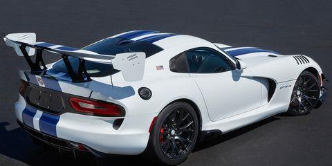 Land vehicle, Vehicle, Car, Sports car, Performance car, Dodge Viper, Hennessey viper venom 1000 twin turbo, Automotive design, Race car, Supercar,
