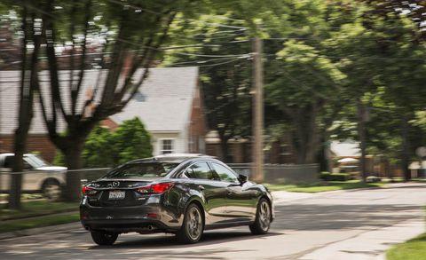 Land vehicle, Vehicle, Car, Automotive design, Mid-size car, Mazda, Mazda6, Family car, Crossover suv, Sport utility vehicle,