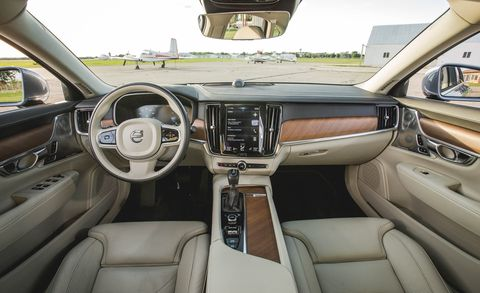 Land vehicle, Vehicle, Car, Luxury vehicle, Full-size car, Steering wheel, Sport utility vehicle,