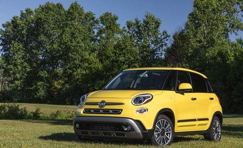 Land vehicle, Vehicle, City car, Car, Motor vehicle, Fiat 500, Yellow, Rim, Vehicle door, Subcompact car,