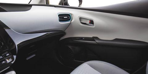 Land vehicle, Vehicle, Car, Vehicle door, Subcompact car, Hatchback,