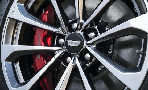 Alloy wheel, Rim, Tire, Spoke, Wheel, Auto part, Automotive tire, Vehicle, Automotive wheel system, Car,