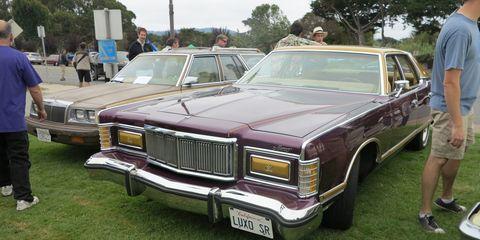 Land vehicle, Vehicle, Car, Motor vehicle, Sedan, Classic car, Lincoln mark series, Luxury vehicle, Full-size car, Coupé,