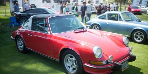 Land vehicle, Vehicle, Car, Regularity rally, Porsche 911 classic, Porsche 912, Coupé, Classic car, Convertible, Sedan,
