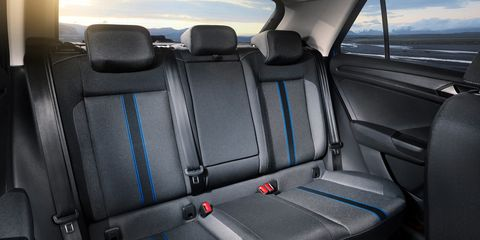 Land vehicle, Vehicle, Car, Mode of transport, Car seat cover, Car seat, Family car, Mid-size car, Head restraint, Plant,