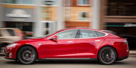 Land vehicle, Vehicle, Car, Tesla model s, Tesla, Sedan, Automotive design, Mid-size car, Performance car, Electric car,
