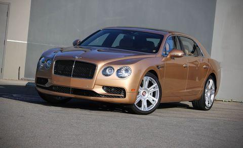 Land vehicle, Vehicle, Luxury vehicle, Car, Motor vehicle, Bentley, Automotive design, Personal luxury car, Sedan, Full-size car,