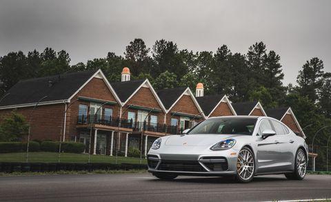 Land vehicle, Vehicle, Luxury vehicle, Car, Automotive design, Performance car, Rim, Porsche, Alloy wheel, Porsche panamera,