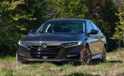 Land vehicle, Vehicle, Car, Automotive design, Mid-size car, Sedan, Grille, Luxury vehicle, Honda, Bumper,