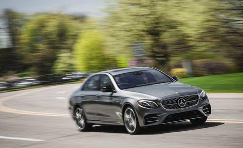 Land vehicle, Vehicle, Car, Automotive design, Mid-size car, Motor vehicle, Personal luxury car, Luxury vehicle, Rim, Wheel,