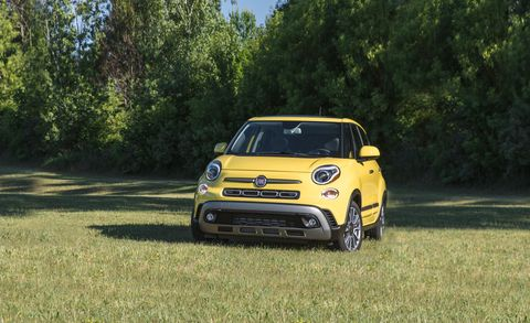 Land vehicle, Vehicle, Car, Motor vehicle, City car, Yellow, Fiat 500, Vehicle door, Kia motors, Automotive design,