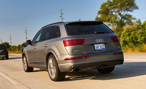 Land vehicle, Vehicle, Car, Motor vehicle, Automotive tire, Audi, Sport utility vehicle, Automotive design, Tire, Audi q7,