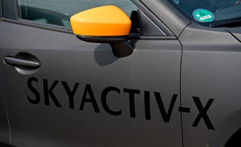 Mazda's Gasoline Skyactiv-X SPCCI Engine Explained | News | Car and