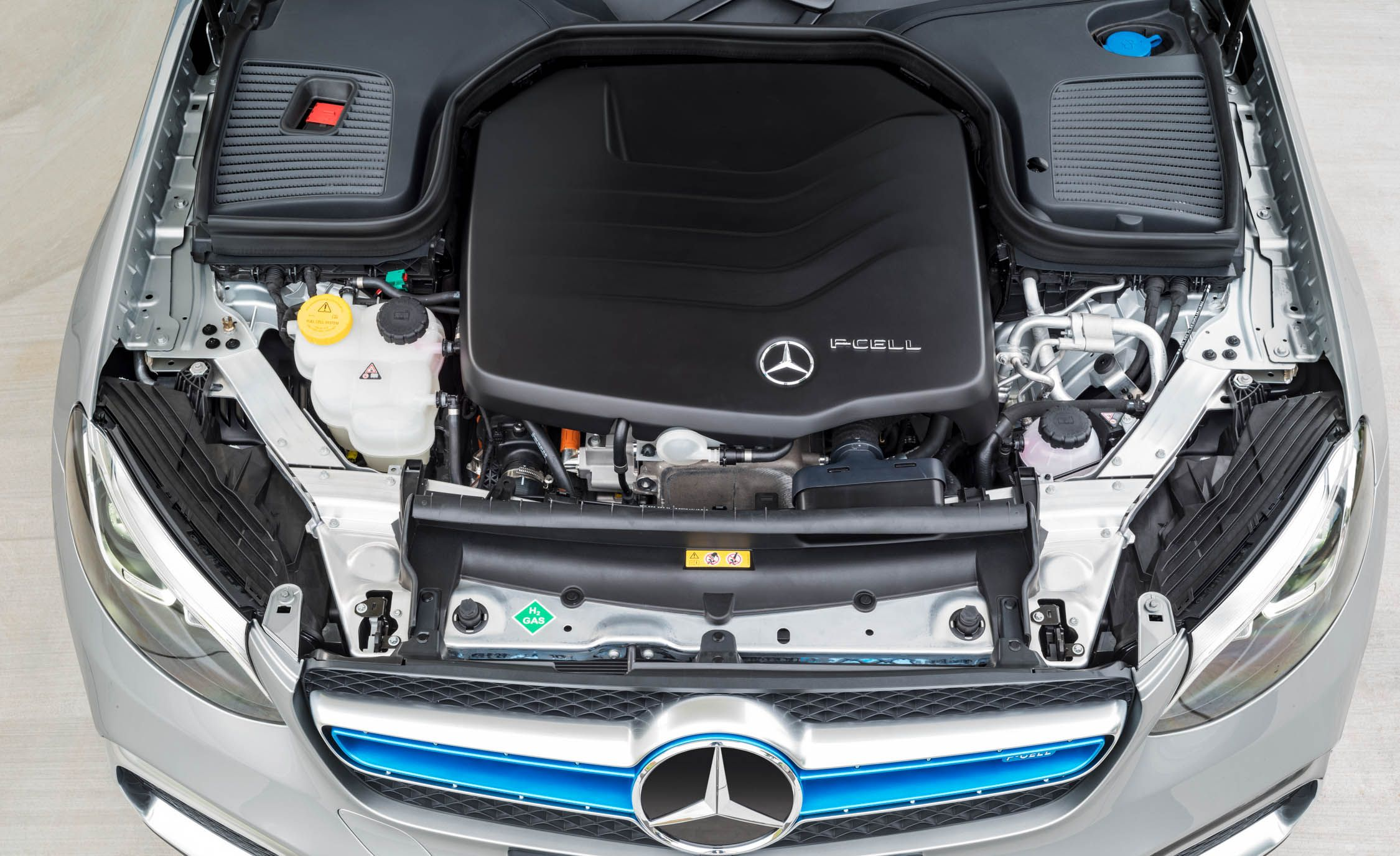 The Hydrogen And Battery Ed Mercedes Benz Glc F Cell Is Coming To U S In 2019