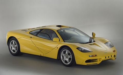 Land vehicle, Vehicle, Car, Supercar, Sports car, Model car, Coupé, Yellow, Mclaren f1, Automotive design,