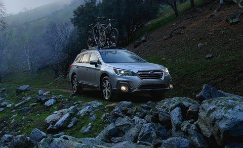 Land vehicle, Vehicle, Car, Subaru, Subaru, Sport utility vehicle, Automotive design, Subaru outback, Family car, Crossover suv,