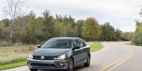Land vehicle, Vehicle, Car, Volkswagen, Motor vehicle, Mid-size car, Volkswagen passat, Automotive design, Sedan, Volkswagen jetta,