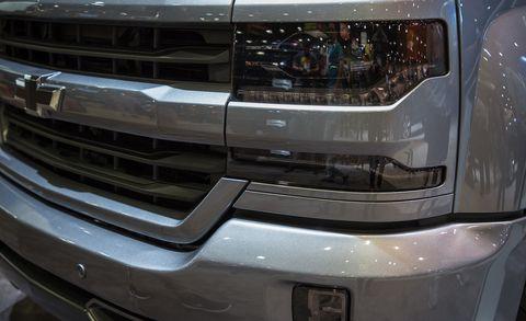 Grille, Headlamp, Automotive exterior, Vehicle, Car, Bumper, Motor vehicle, Automotive lighting, Bumper part, Auto part,