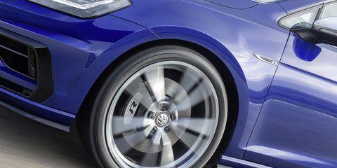 Land vehicle, Vehicle, Car, Alloy wheel, Wheel, Rim, Automotive tire, Tire, Automotive design, Volkswagen,