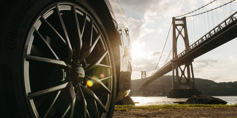 Wheel, Tire, Spoke, Rim, Automotive tire, Alloy wheel, Automotive wheel system, Auto part, Sky, Bridge,