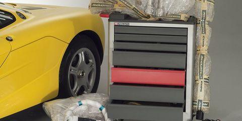 Wheel, Vehicle, Product, Car, Vehicle door, Transport, Automotive wheel system, Tire, Automotive exterior, Automotive design,