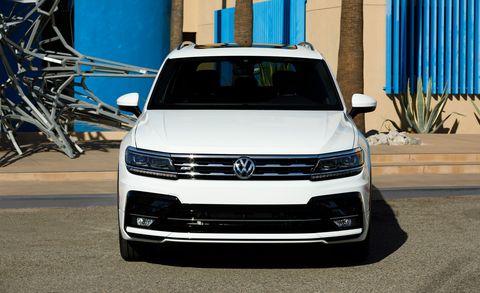 Land vehicle, Vehicle, Car, Volkswagen, Motor vehicle, Bumper, Grille, Headlamp, Sport utility vehicle, Automotive exterior,