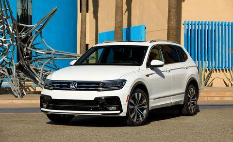 Land vehicle, Vehicle, Car, Motor vehicle, Volkswagen, Automotive design, Sport utility vehicle, Bumper, Rim, Luxury vehicle,